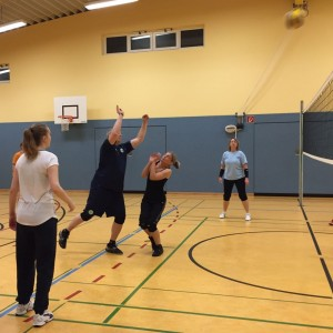 20170329_TSVGrußendorf_Volleyball_Ball_über_die_Schnur