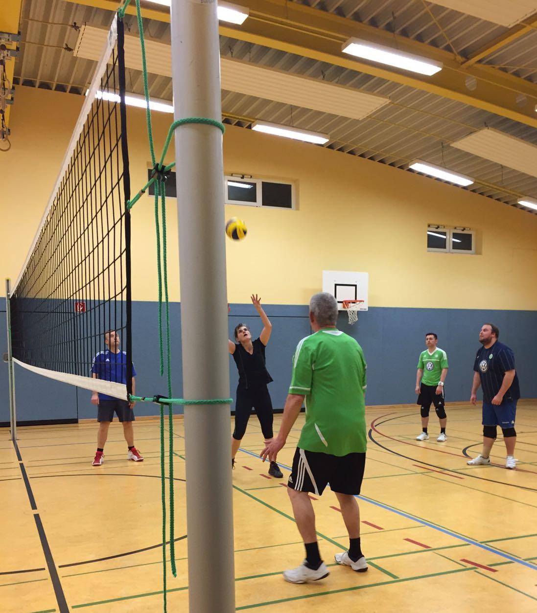 20170329_TSVGrußendorf_Volleyball_Stellen_Kopfüber_Pritschen